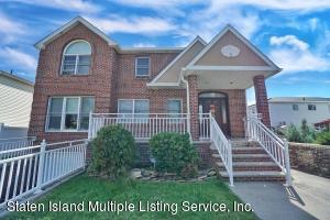 574 Pendale Street, Staten Island, NY 10306