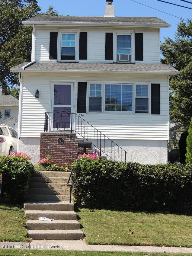 Single Family - Detached in Annadale - 830 Carlton Boulevard  Staten Island, NY 10312
