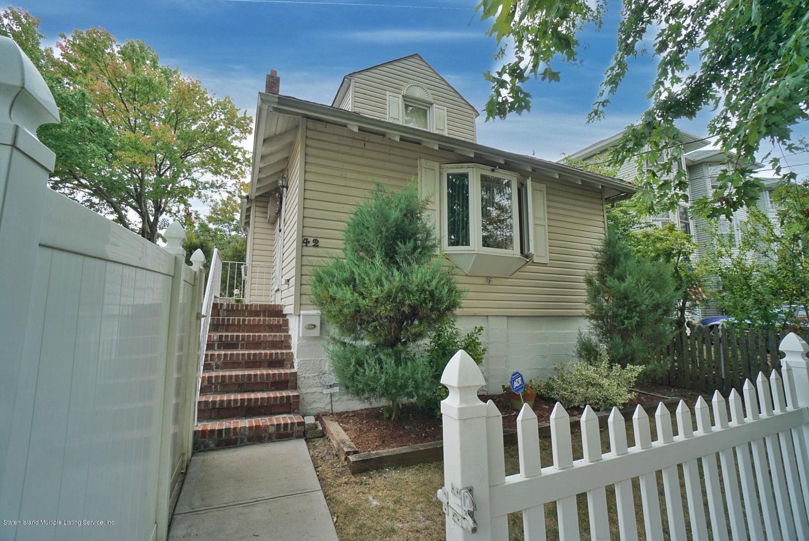 Single Family - Detached in Eltingville - 42-44 Oceanic Avenue  Staten Island, NY 10312