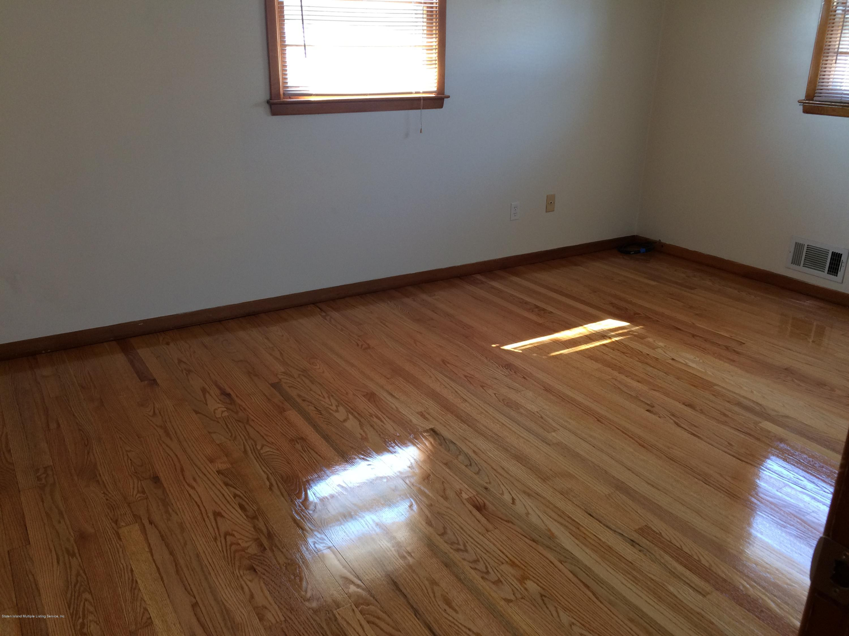 Single Family - Semi-Attached 30 Bent Street  Staten Island, NY 10312, MLS-1130498-4