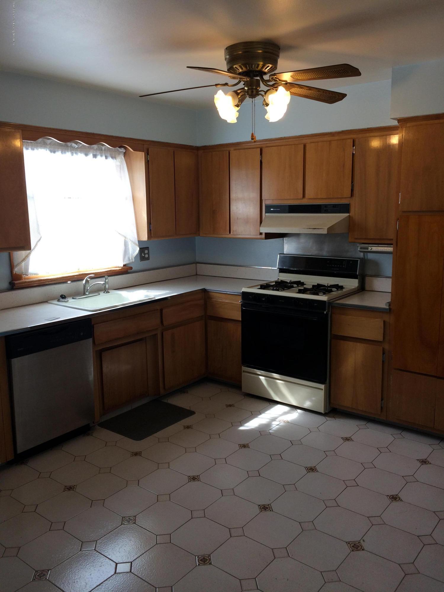 Single Family - Semi-Attached 30 Bent Street  Staten Island, NY 10312, MLS-1130498-10