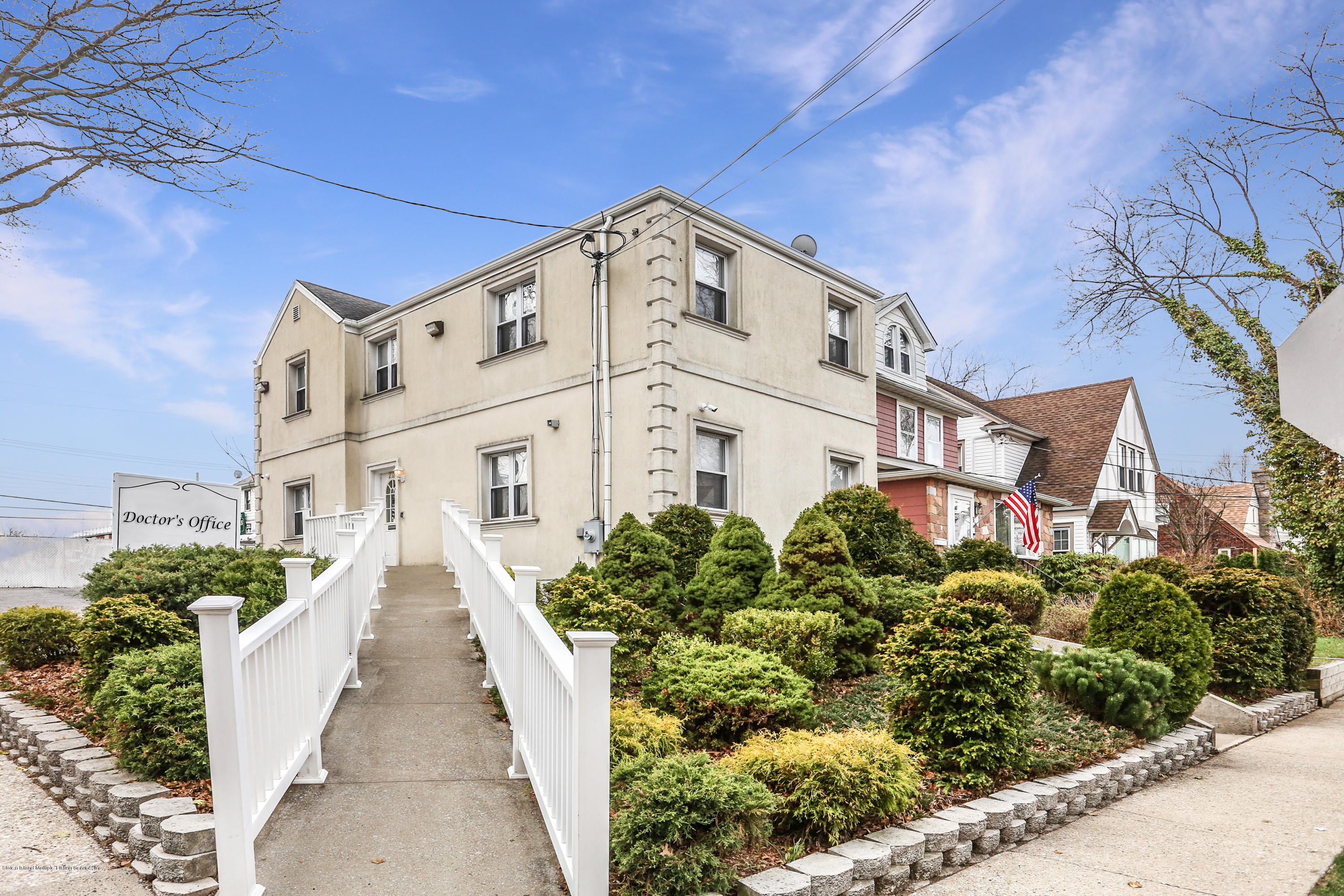 Two Family - Detached in Westerleigh - 272 Slosson Avenue  Staten Island, NY 10314