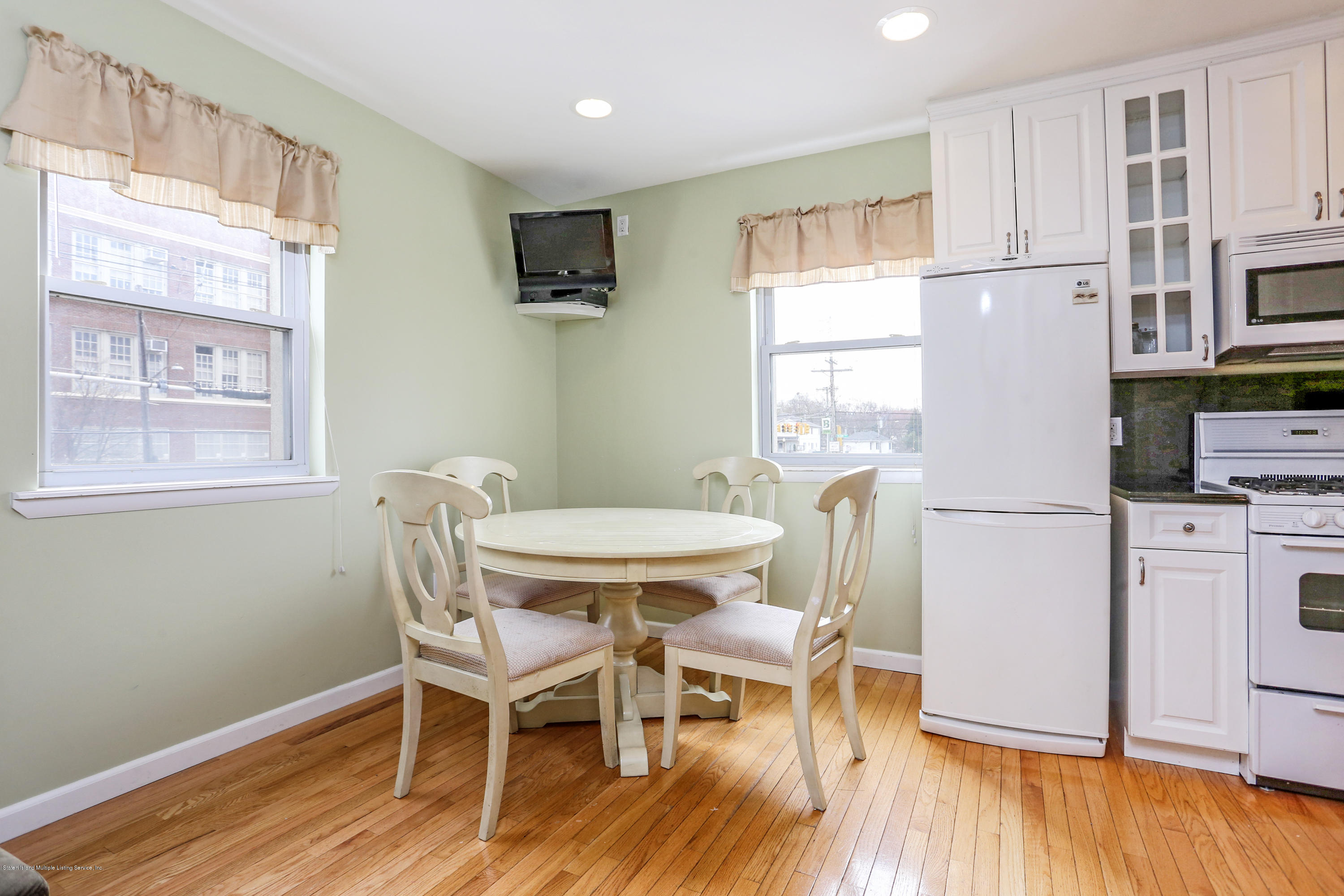 Two Family - Detached 272 Slosson Avenue  Staten Island, NY 10314, MLS-1132759-20