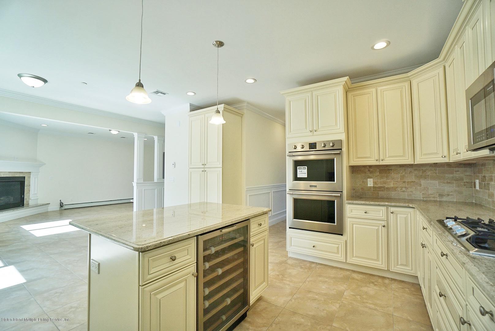Single Family - Detached 678 Yetman Avenue  Staten Island, NY 10307, MLS-1132766-19