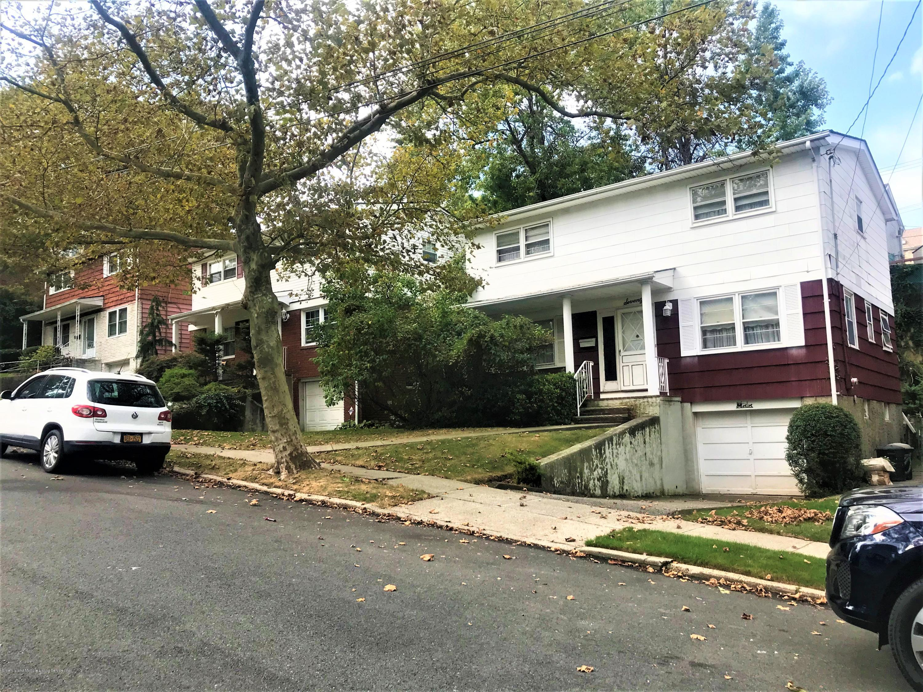 Single Family - Detached in Dongan Hills Colony - 70 Duncan Street  Staten Island, NY 10304
