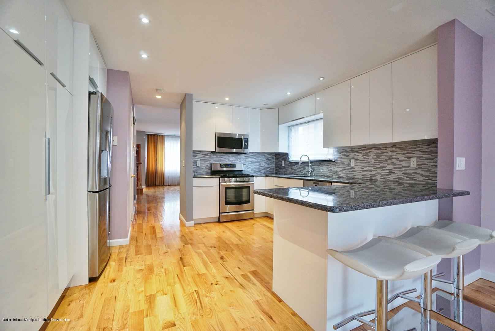 Single Family - Detached 311 Norway Avenue  Staten Island, NY 10305, MLS-1132870-9