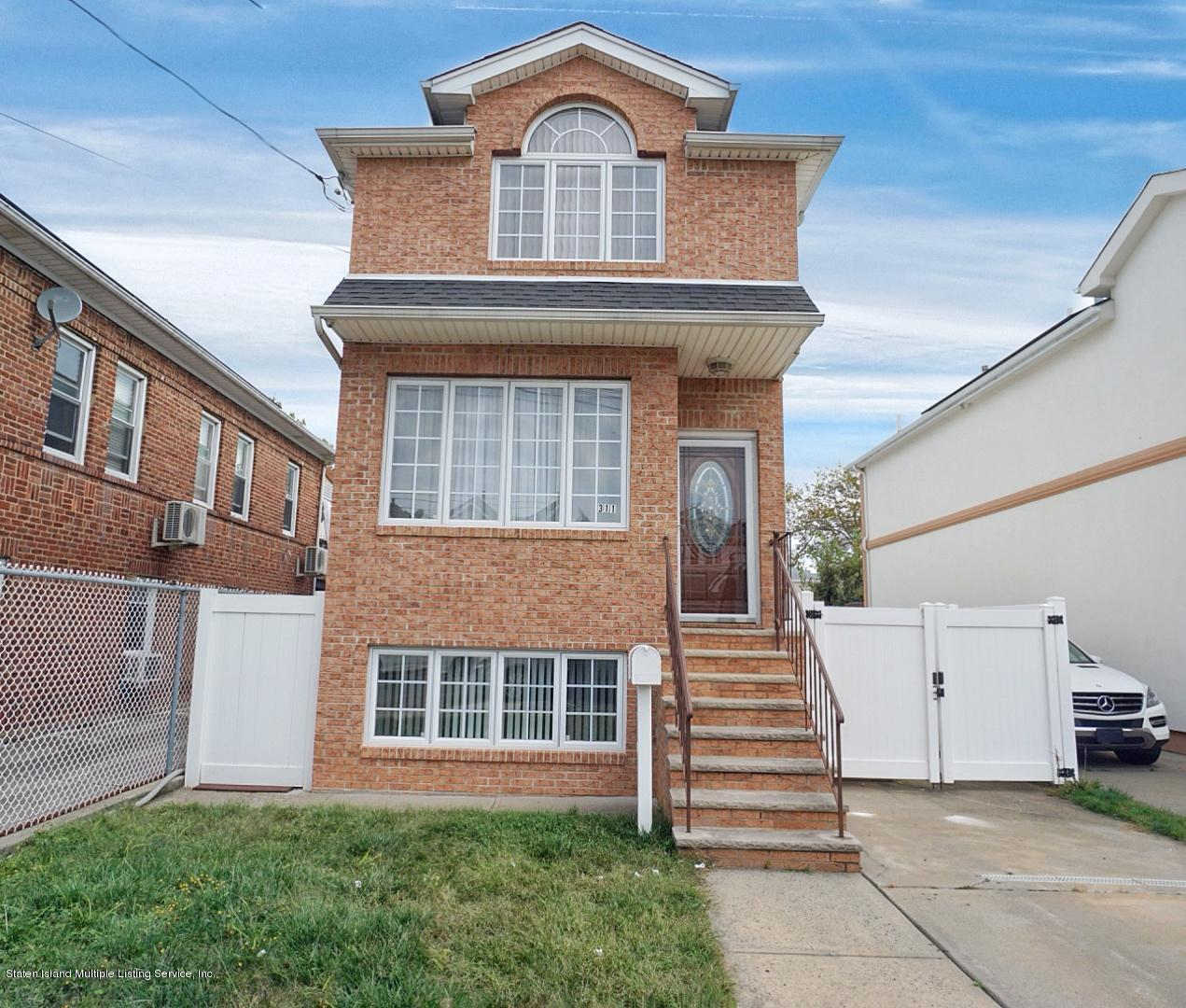 Single Family - Detached in South Beach - 311 Norway Avenue  Staten Island, NY 10305