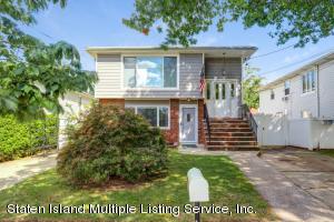 21 Montauk Place, Staten Island, NY 10314