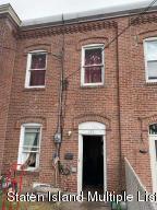 123 Chestnut Avenue, Staten Island, NY 10305