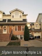 34 Sharrotts Lane, Staten Island, NY 10309