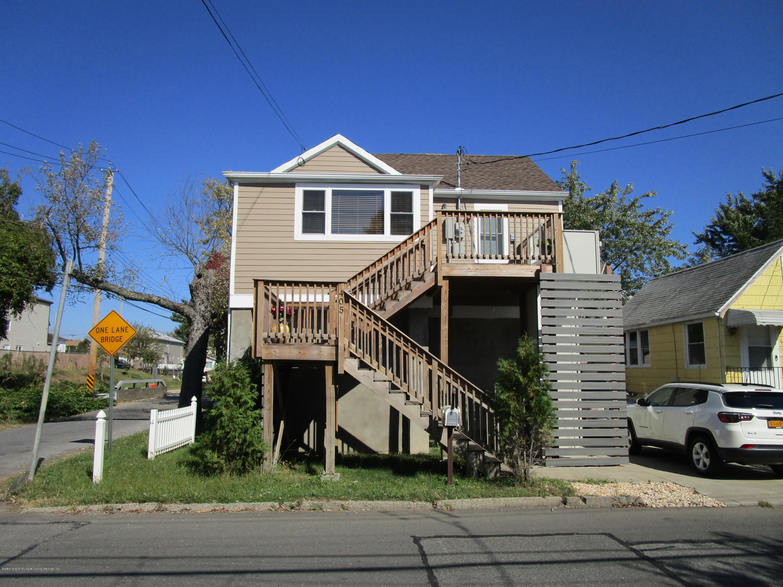 Single Family - Detached in Midland Beach - 405 Hunter Avenue  Staten Island, NY 10306