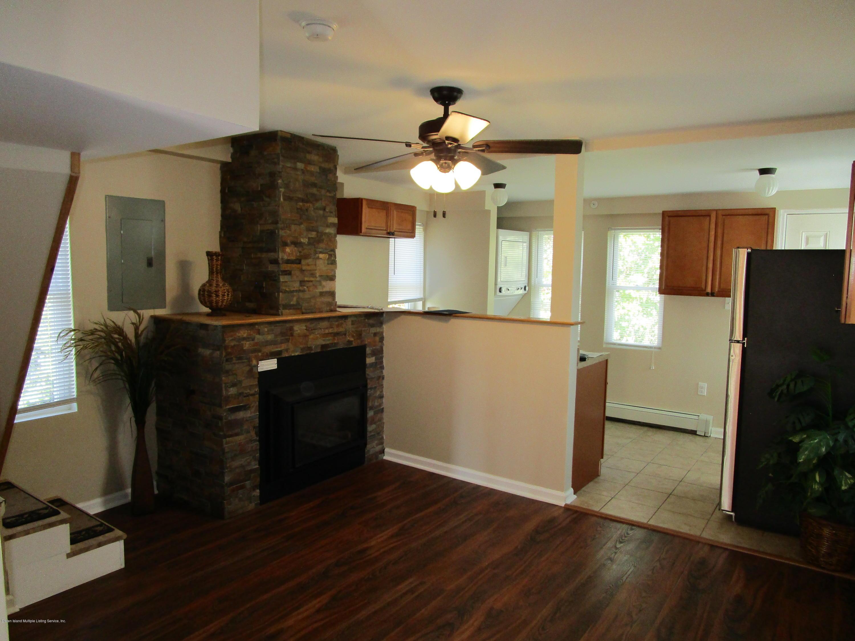 Single Family - Detached 405 Hunter Avenue  Staten Island, NY 10306, MLS-1133059-8