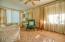 Nice size living room.......