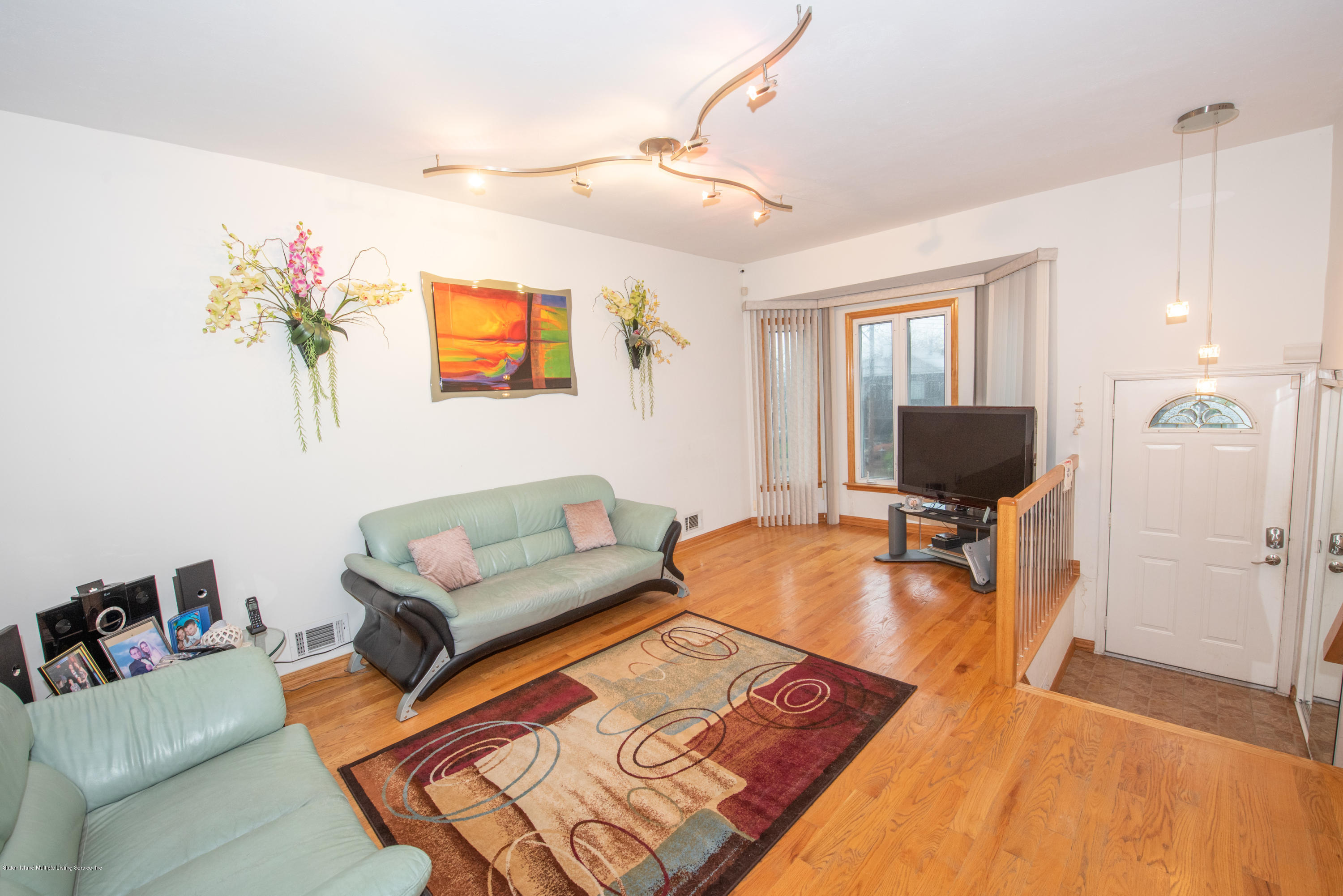 Single Family - Semi-Attached 76 Mcveigh Avenue  Staten Island, NY 10314, MLS-1133370-4