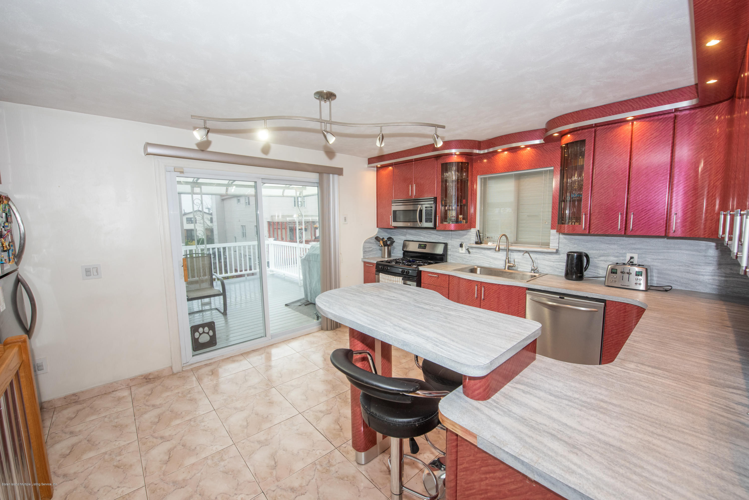 Single Family - Semi-Attached 76 Mcveigh Avenue  Staten Island, NY 10314, MLS-1133370-11