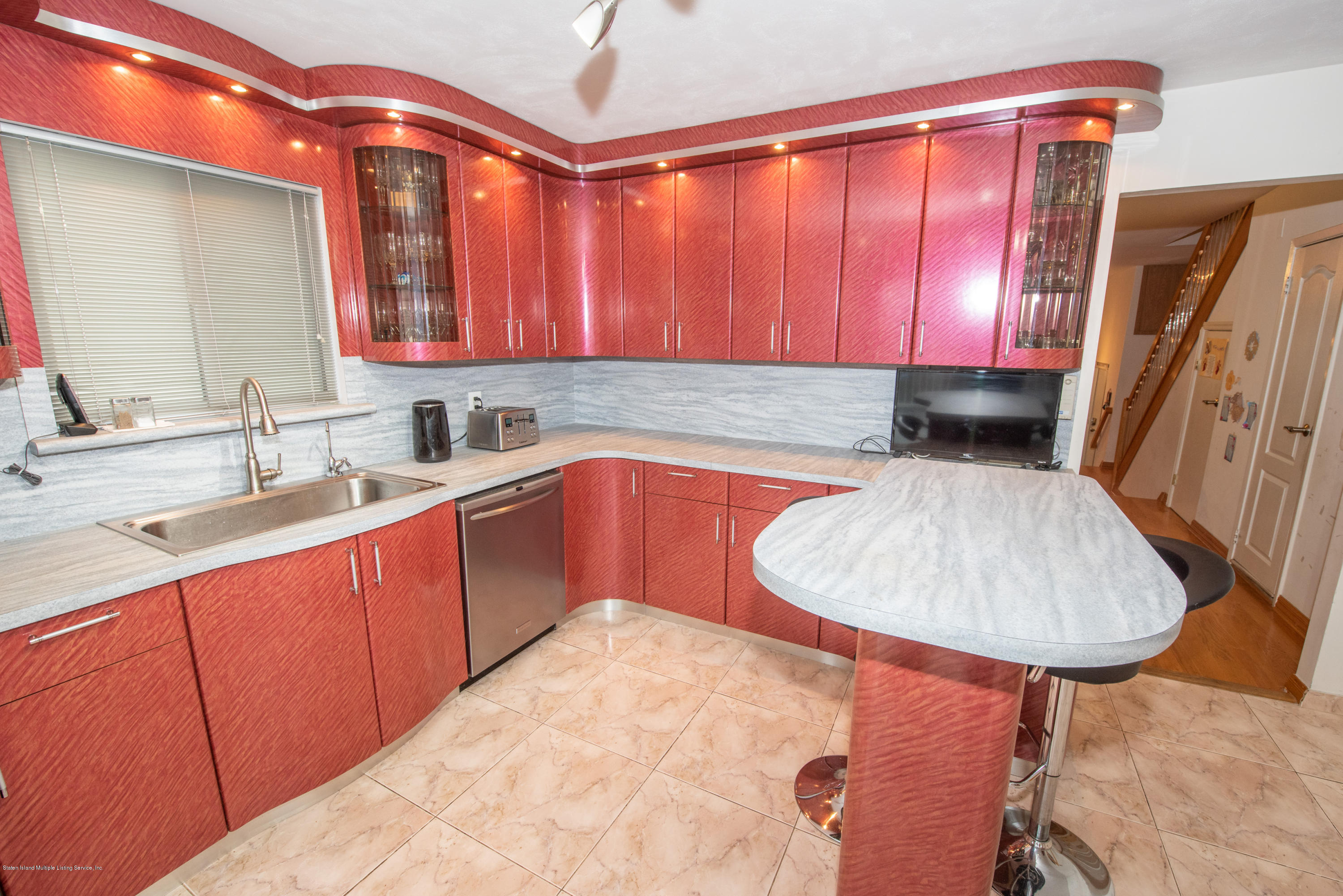 Single Family - Semi-Attached 76 Mcveigh Avenue  Staten Island, NY 10314, MLS-1133370-14