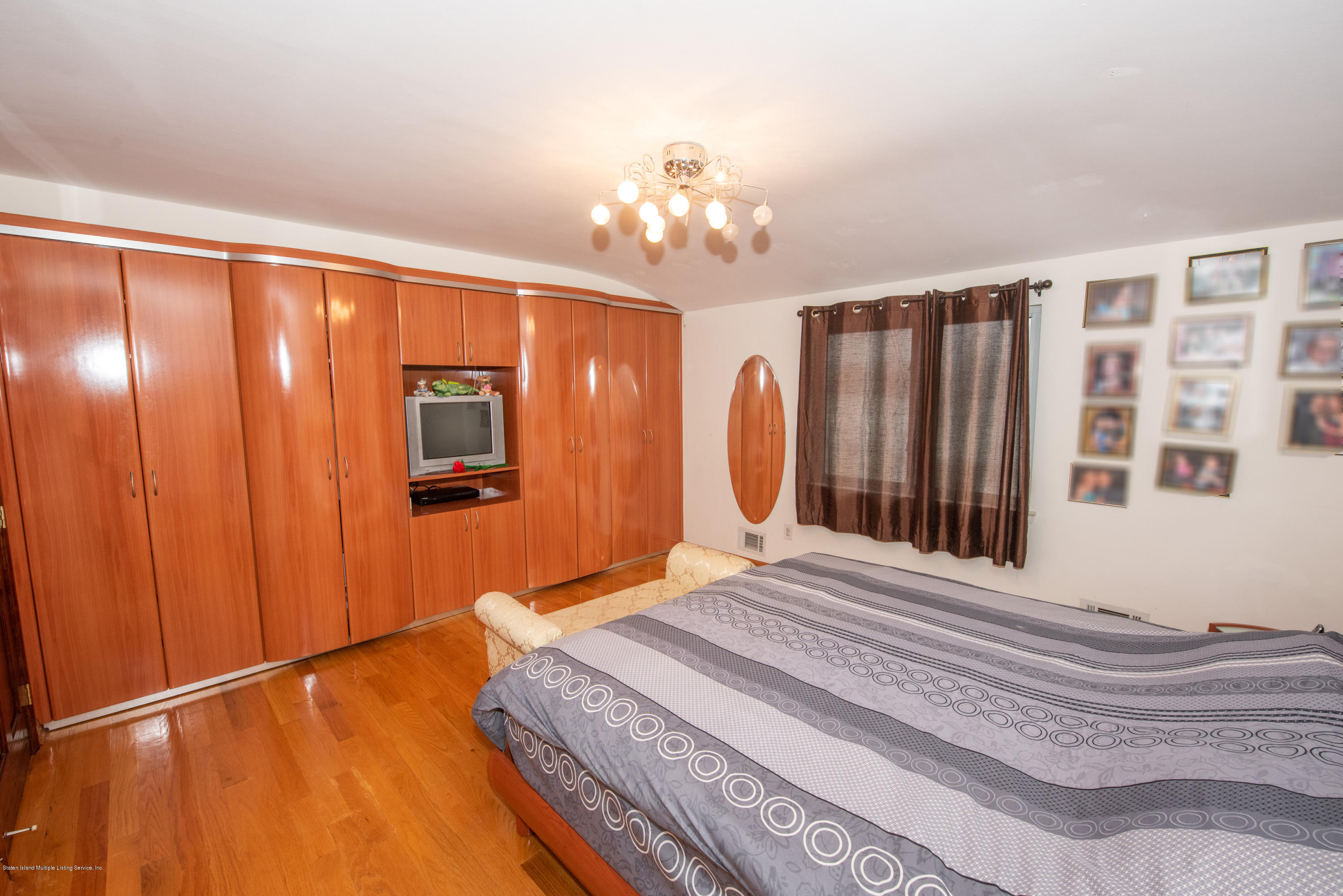 Single Family - Semi-Attached 76 Mcveigh Avenue  Staten Island, NY 10314, MLS-1133370-20