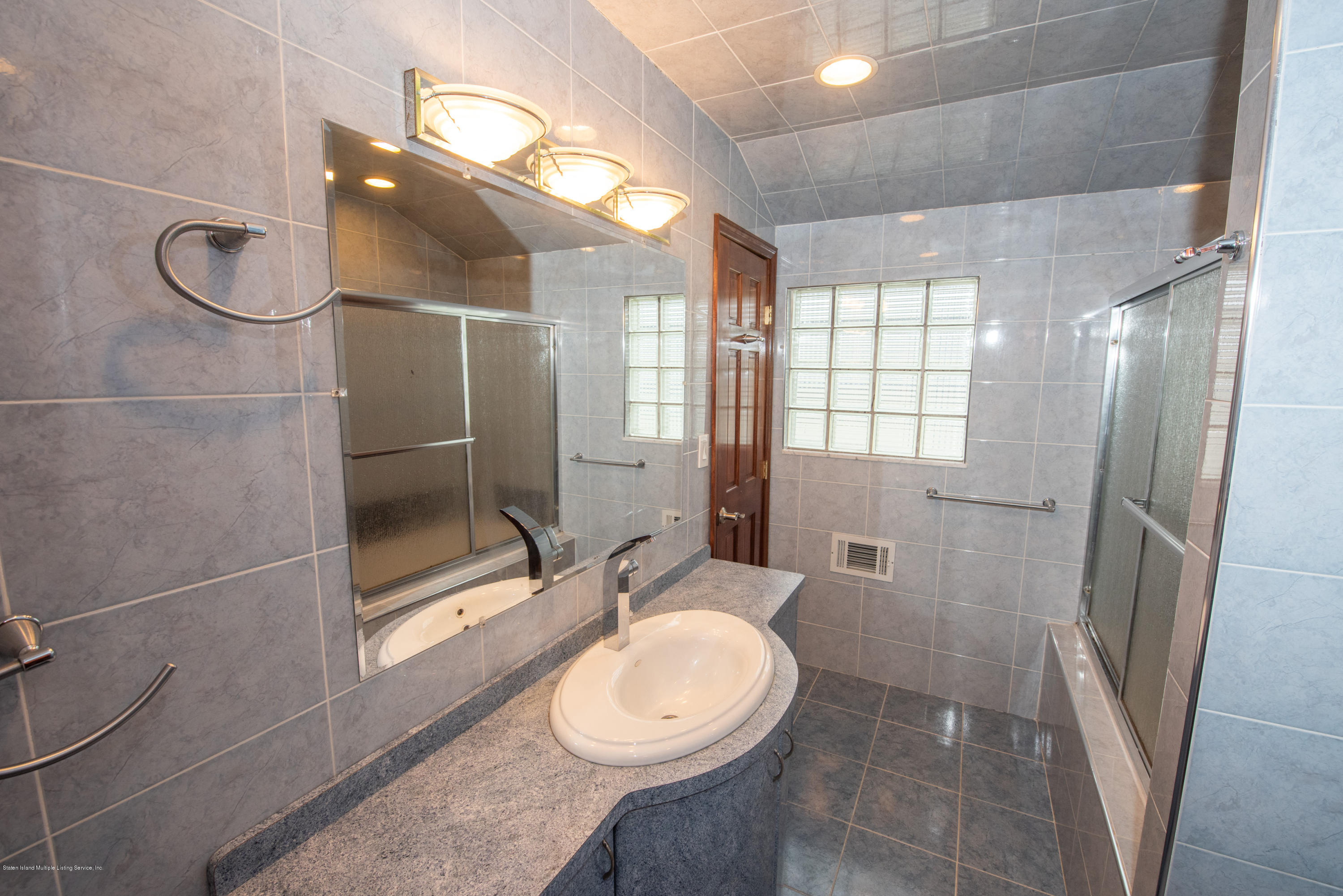 Single Family - Semi-Attached 76 Mcveigh Avenue  Staten Island, NY 10314, MLS-1133370-21