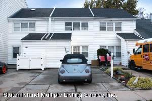 287 Hampton Green, Staten Island, NY 10312