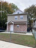 27 Benjamin Place, Staten Island, NY 10303