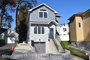 105 Hillcrest Avenue, Staten Island, NY 10308