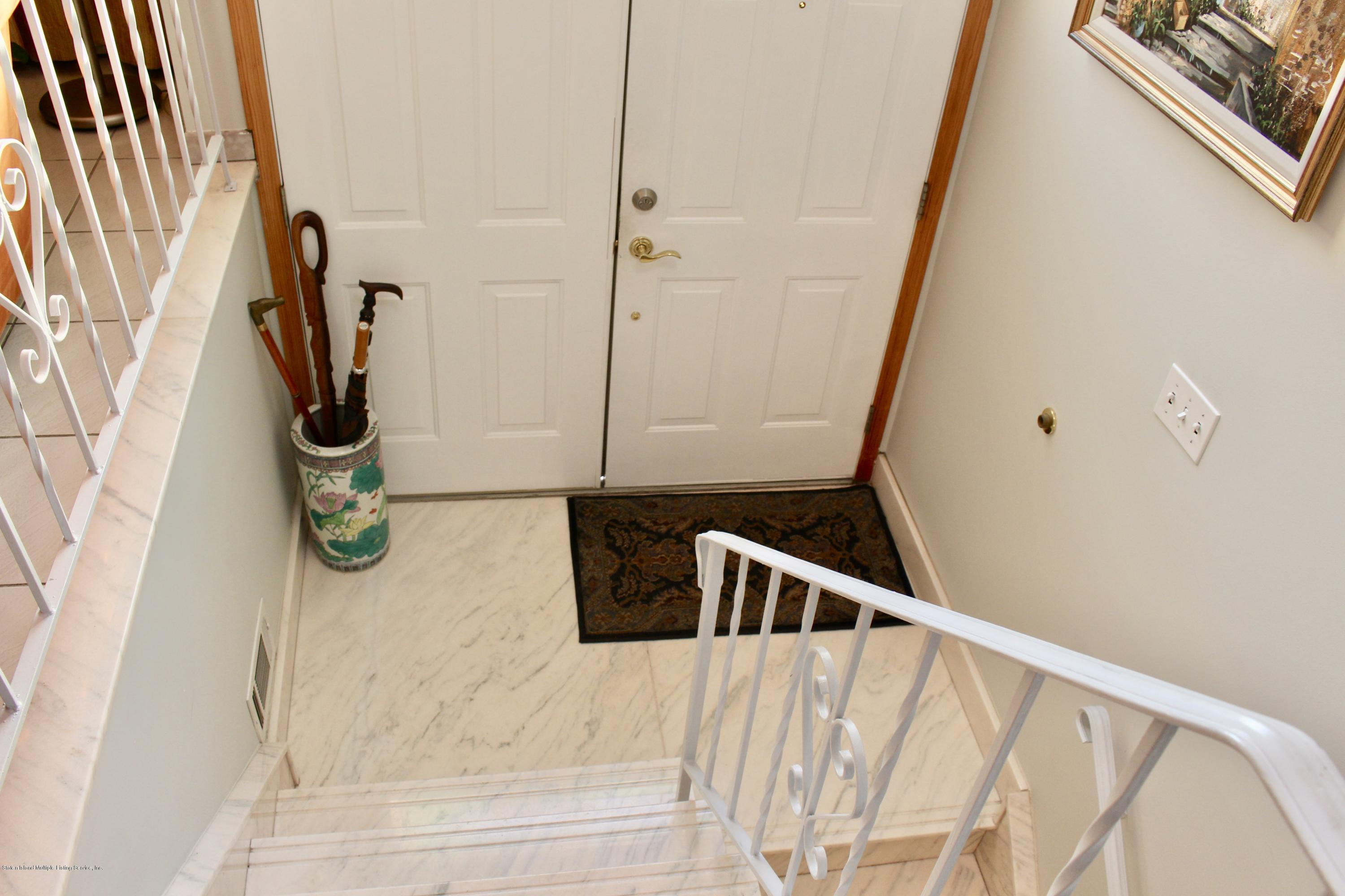 Two Family - Detached 645 Fingerboard Road  Staten Island, NY 10305, MLS-1133588-8