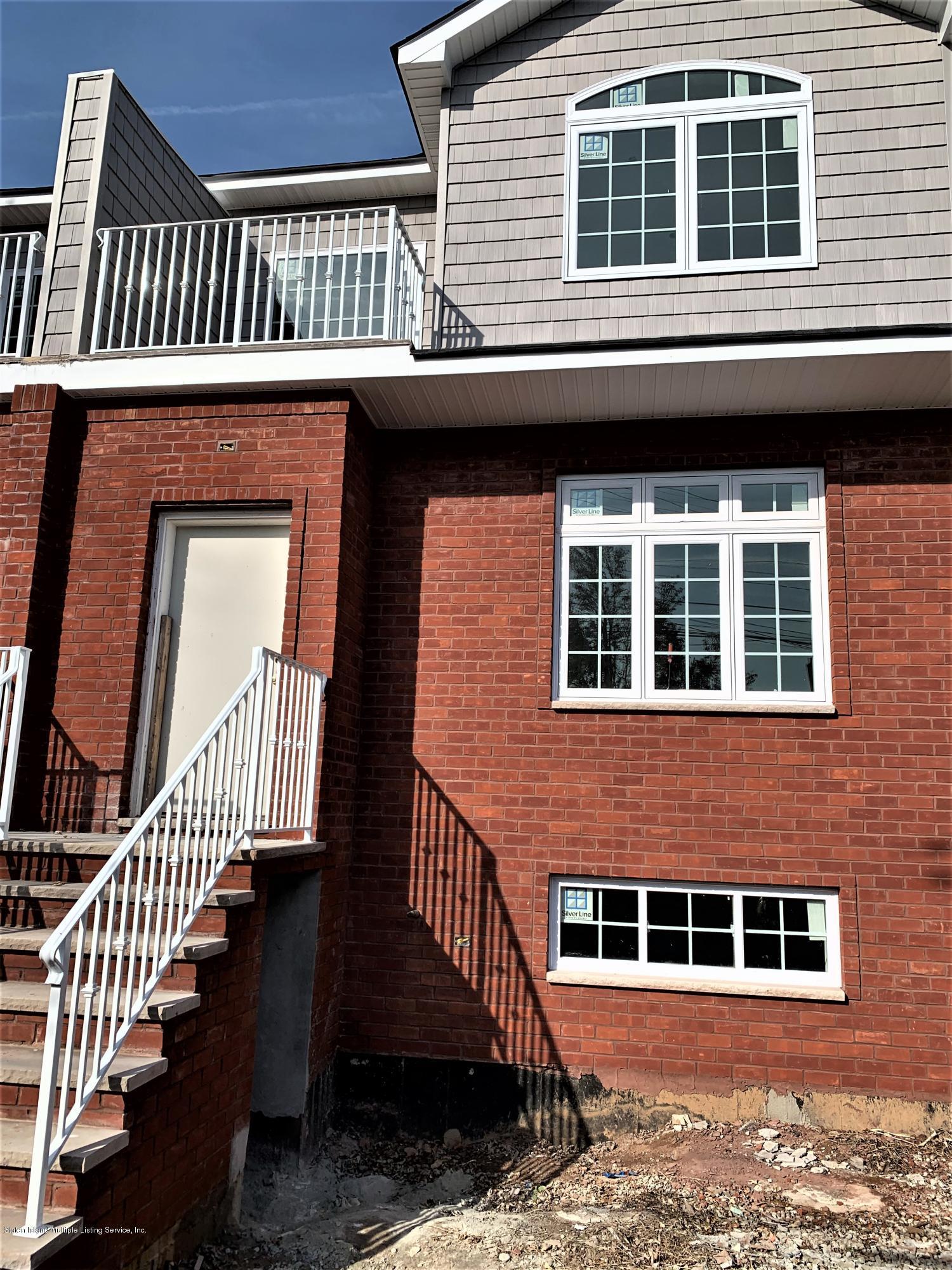 Single Family - Semi-Attached in Midland Beach - 257 Kiswick Street  Staten Island, NY 10306