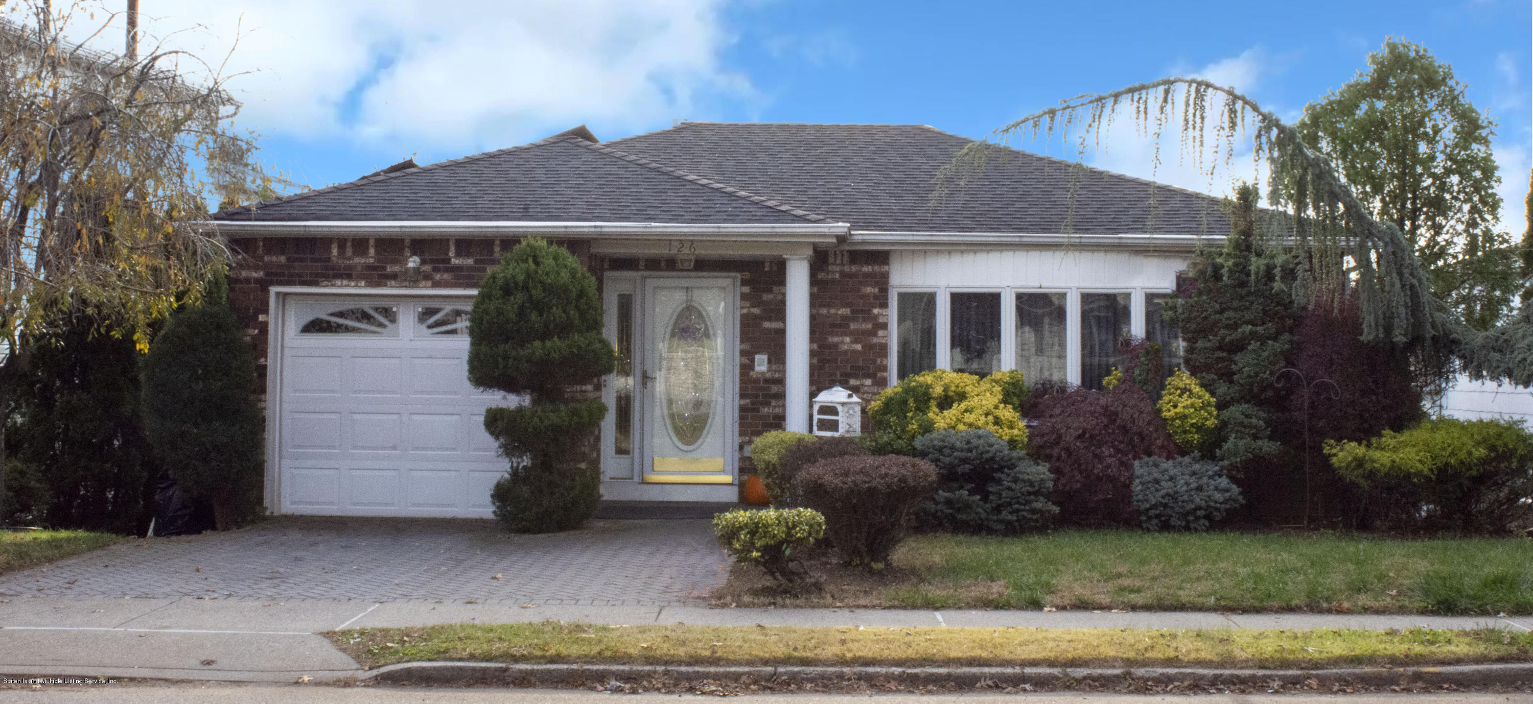 Single Family - Detached in Richmond Town - 126 Clarke Avenue  Staten Island, NY 10306