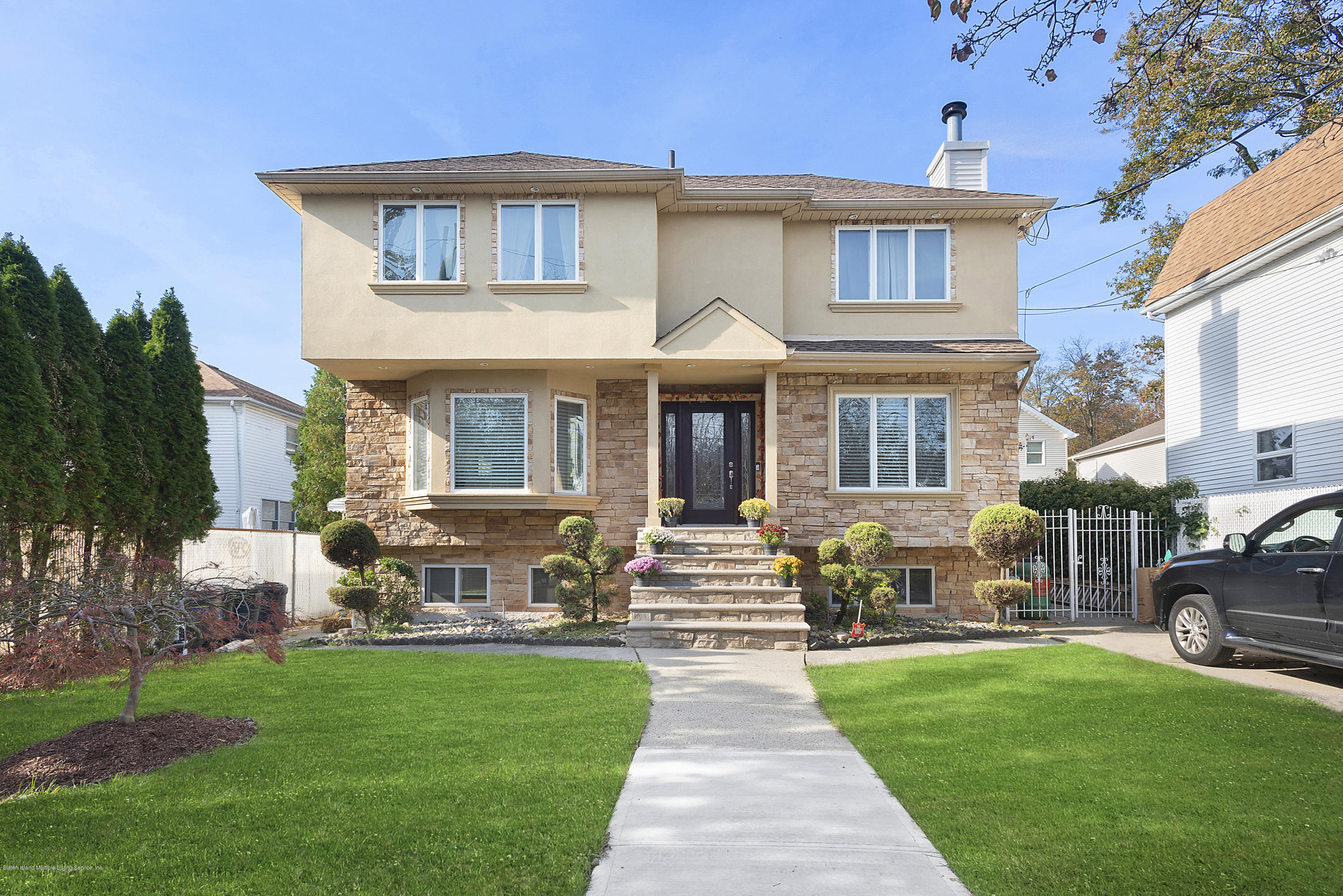 Two Family - Detached in Tottenville - 256 Connecticut Street  Staten Island, NY 10307