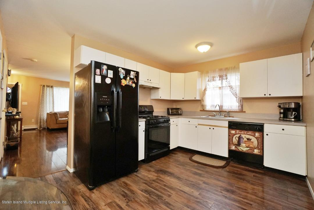 Single Family - Semi-Attached 321 Mosely Avenue  Staten Island, NY 10312, MLS-1133905-11