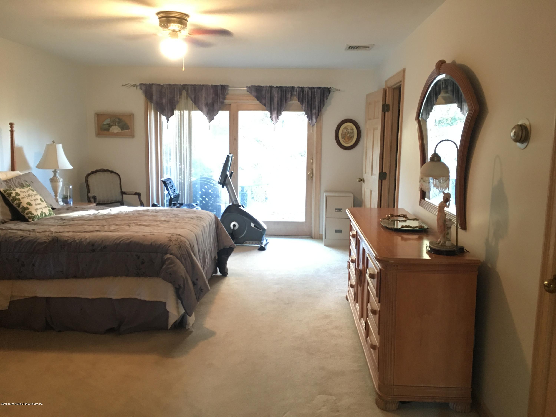 Single Family - Detached 731 Metropolitan Avenue  Staten Island, NY 10301, MLS-1134021-15