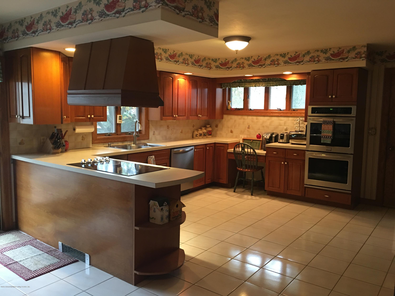 Single Family - Detached 731 Metropolitan Avenue  Staten Island, NY 10301, MLS-1134021-21