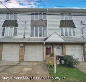 20 Peggy Lane, Staten Island, NY 10306
