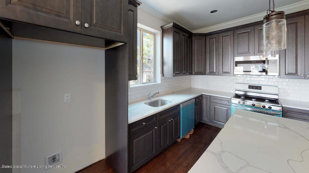 Single Family - Semi-Attached 1 Tompkins Circle  Staten Island, NY 10301, MLS-1134167-9
