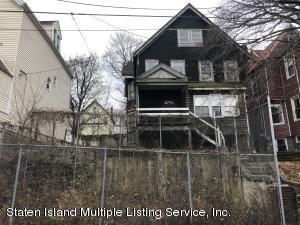 42 Taft Avenue, Staten Island, NY 10301