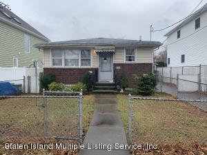 38 Chesterton Avenue, Staten Island, NY 10306