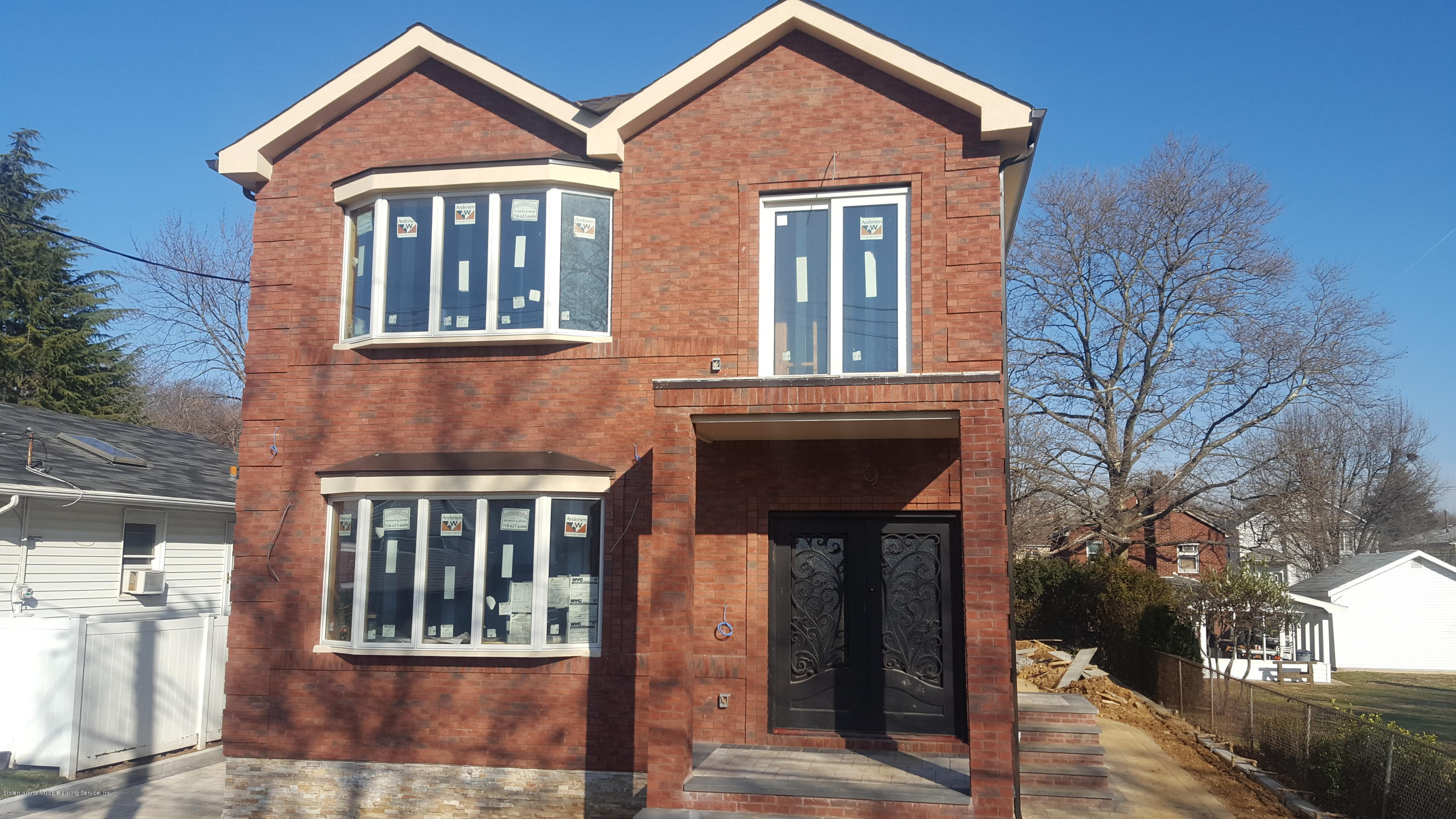Two Family - Detached in Grant City - 37 Hull Avenue  Staten Island, NY 10306