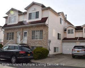 26 Willow Lane, Staten Island, NY 10306