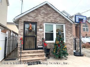 557 Hunter Avenue, Staten Island, NY 10306