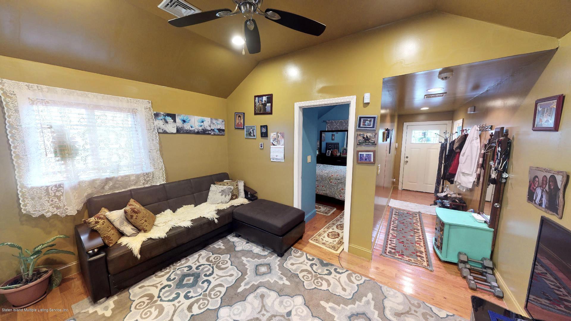 Single Family - Detached 557 Hunter Avenue  Staten Island, NY 10306, MLS-1134462-3