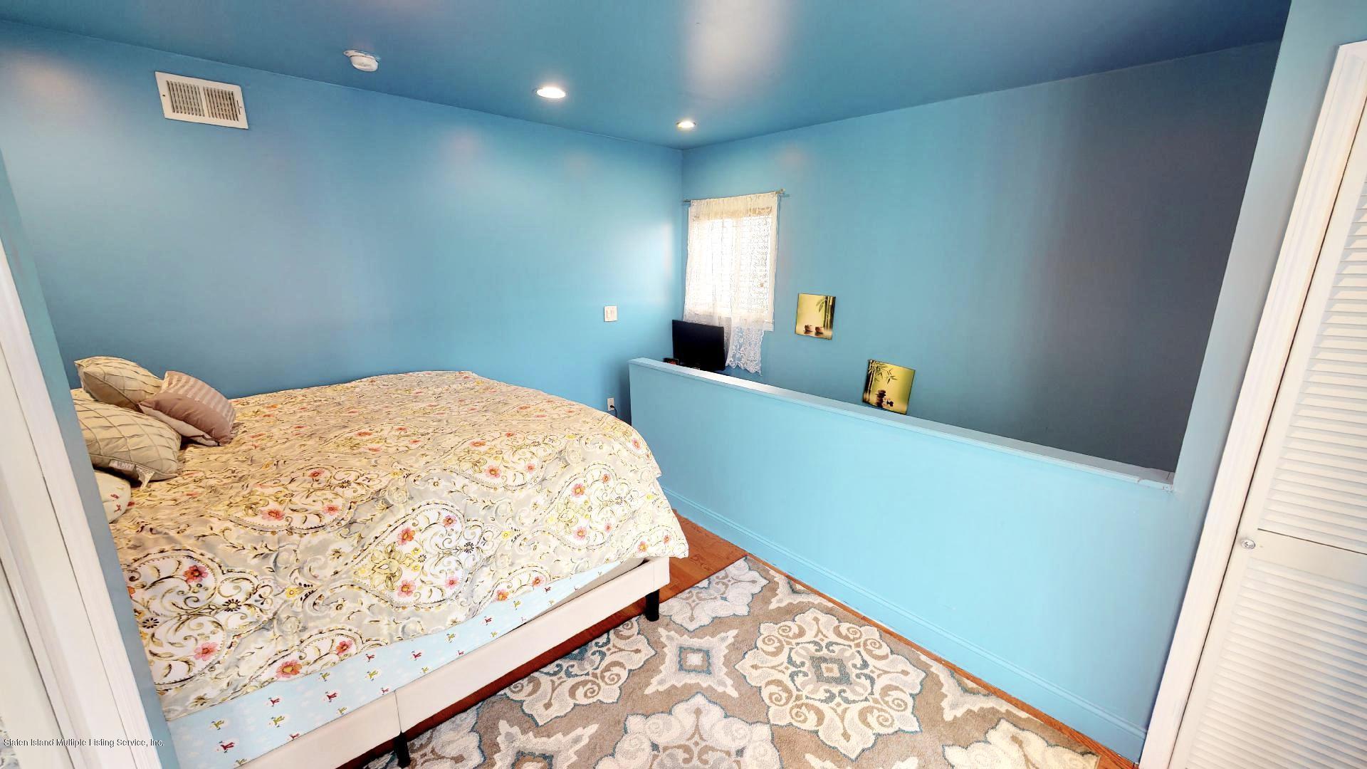 Single Family - Detached 557 Hunter Avenue  Staten Island, NY 10306, MLS-1134462-11