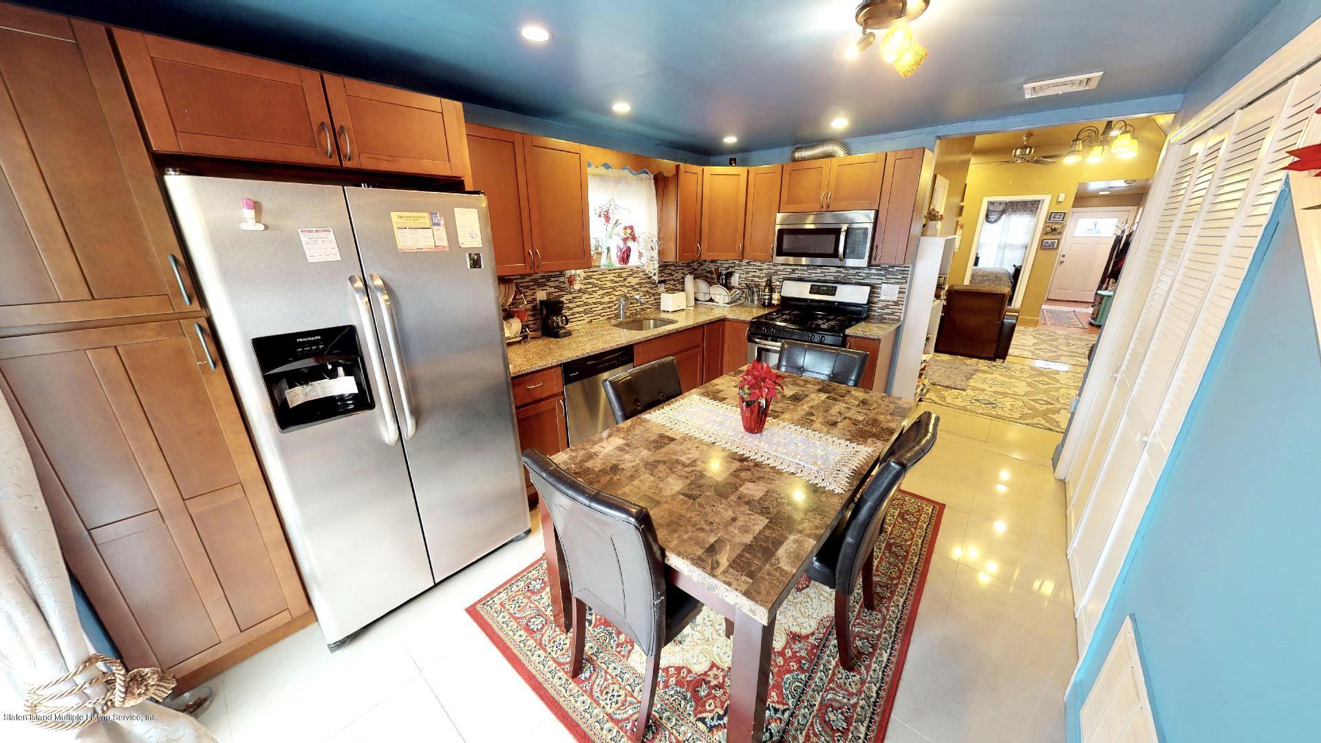Single Family - Detached 557 Hunter Avenue  Staten Island, NY 10306, MLS-1134462-6
