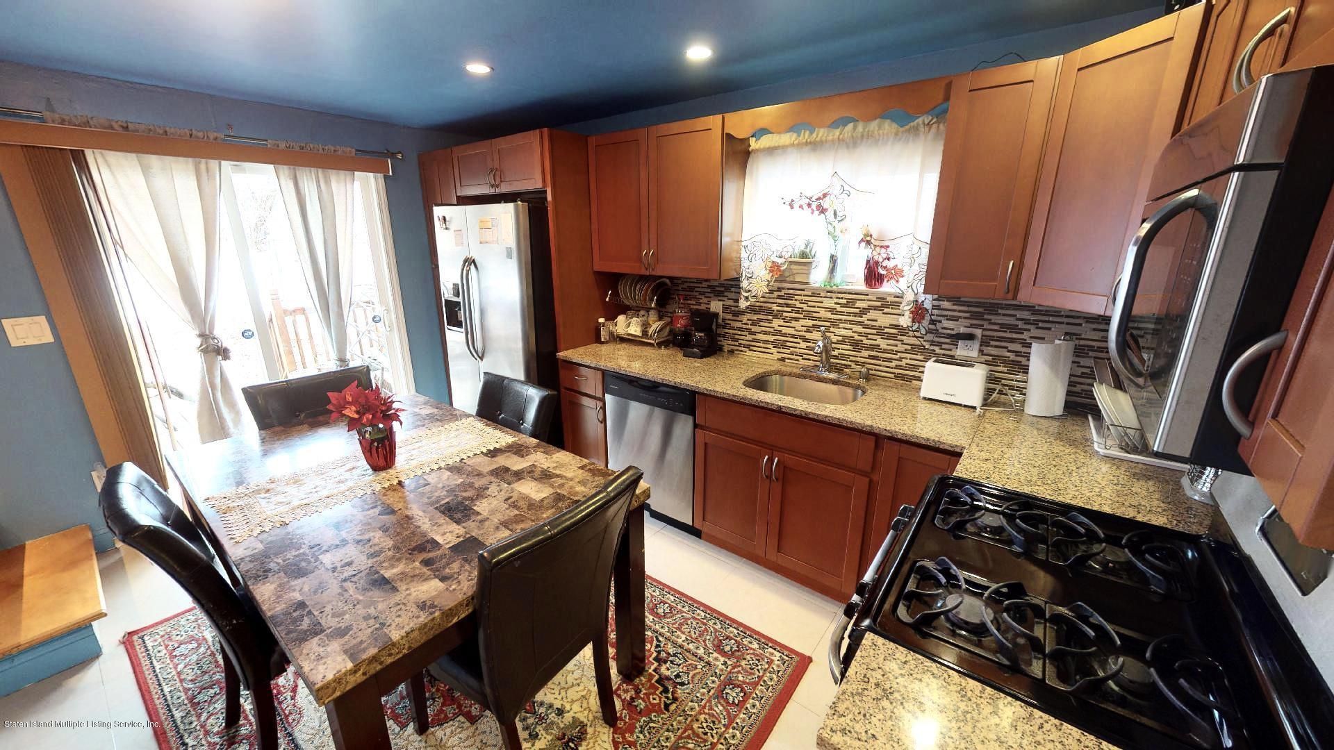 Single Family - Detached 557 Hunter Avenue  Staten Island, NY 10306, MLS-1134462-7
