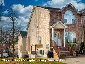 50 Foothill Court, Staten Island, NY 10309