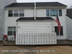 245 Hampton Green, Staten Island, NY 10312