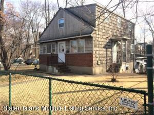 614 Drumgoole Road E, Staten Island, NY 10312
