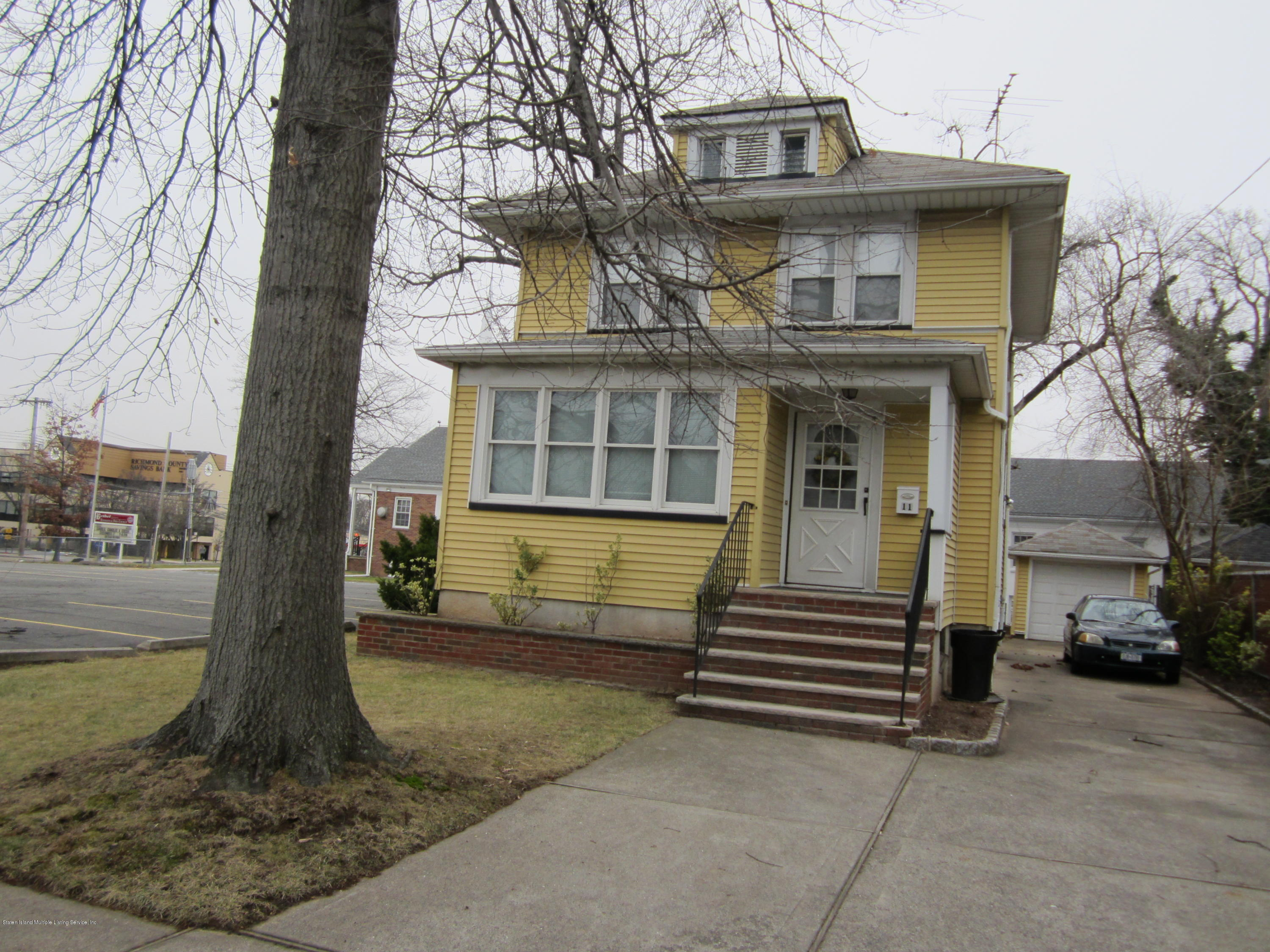 Single Family - Detached in Eltingville - 11 Retford Avenue  Staten Island, NY 10312