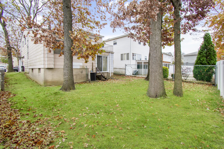 Single Family - Detached 616 Ingram Avenue  Staten Island, NY 10314, MLS-1134923-15