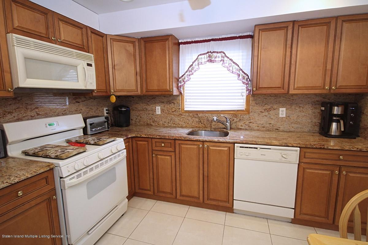 Single Family - Detached 7 Seguine Place  Staten Island, NY 10312, MLS-1134988-4