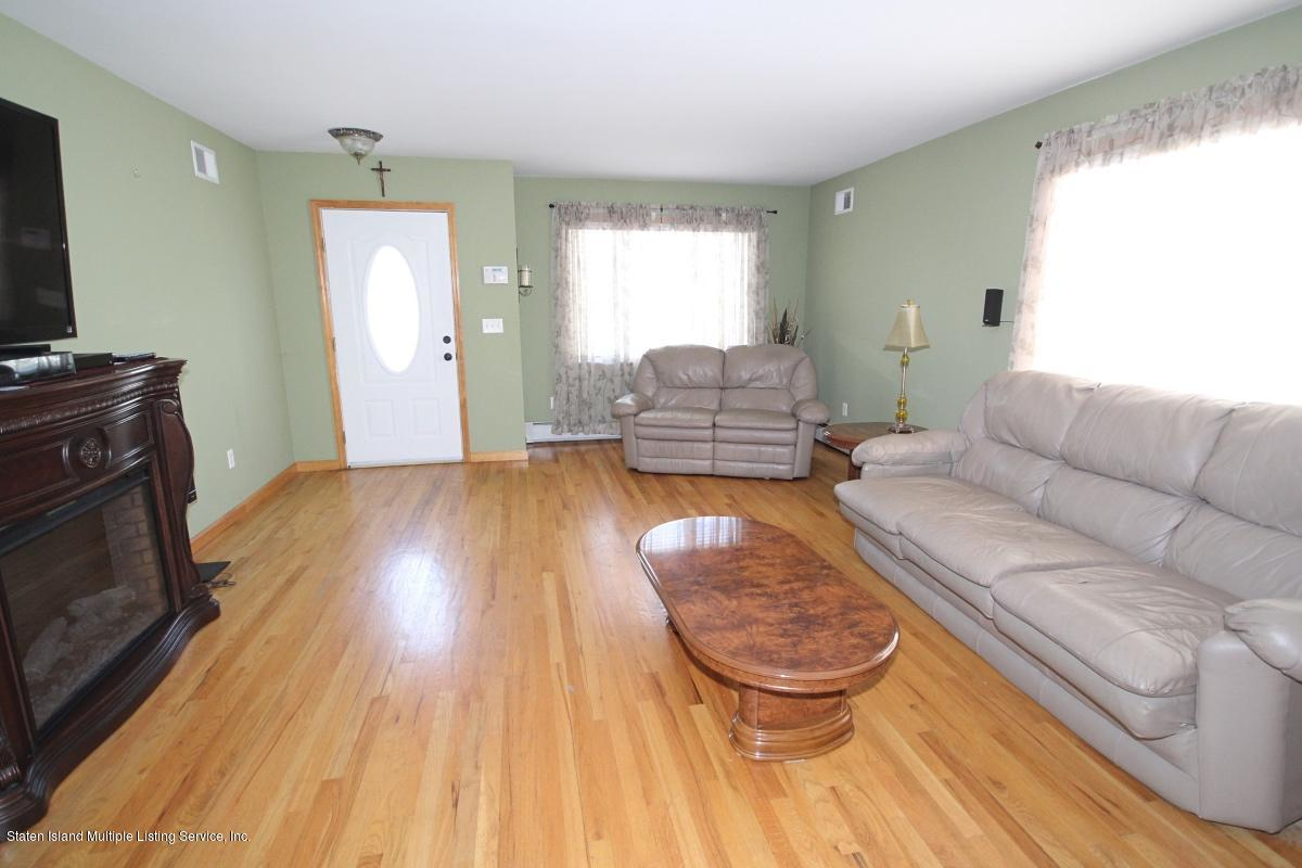 Single Family - Detached 7 Seguine Place  Staten Island, NY 10312, MLS-1134988-3